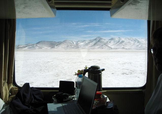 青藏鐵路將迎來首批女火車司機
