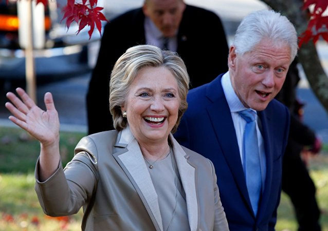 克林頓夫婦