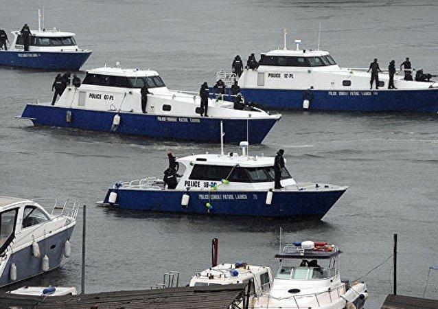 中國艦艇編隊在中國釣魚島領海內巡航
