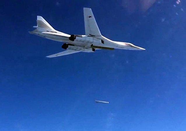 俄防長:圖-160戰略轟炸機於11月完成Х-101導彈試射