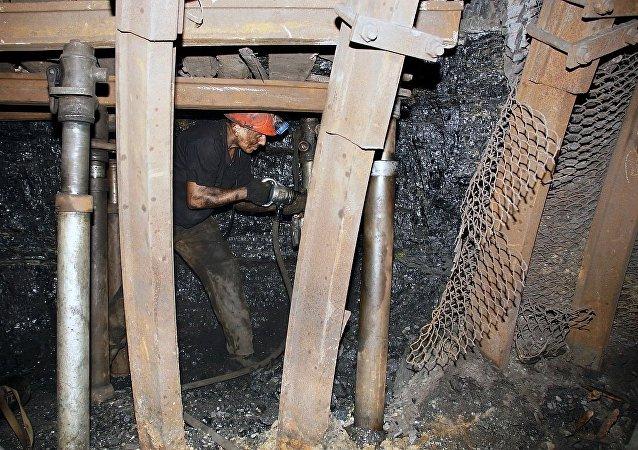 盧甘斯克州礦場
