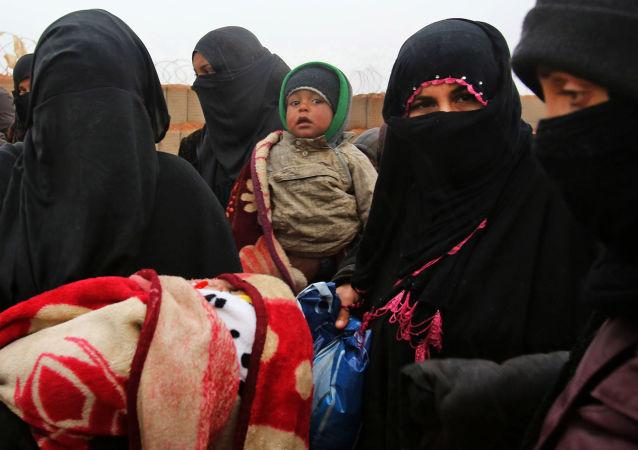 運往敘利亞魯克班難民營的大部分人道物資可能落入匪幫手中