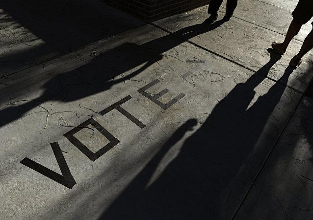 美國務卿稱俄至少自2004年就開始干涉美國選舉