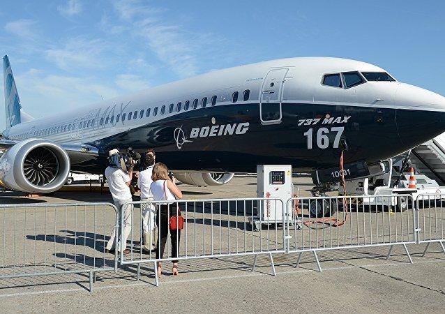 Boeing-737 MAX 167