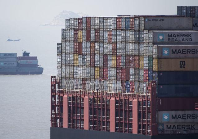 中國海關總署:前三季度中美貿易額為4026.6億美元 同比下降14.8%