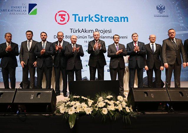 土耳其流海上段竣工