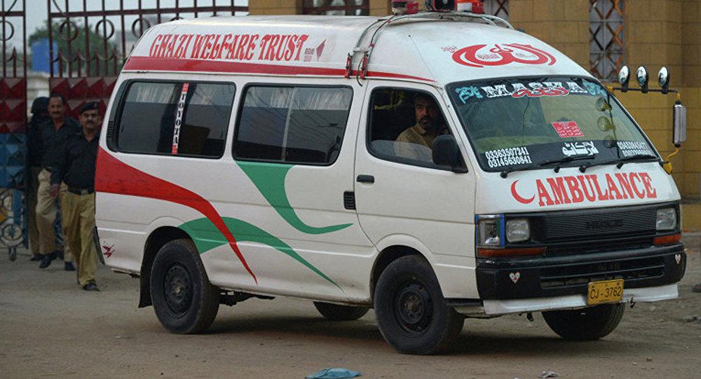 巴基斯坦多地區暴雨成災 造成至少13人死亡