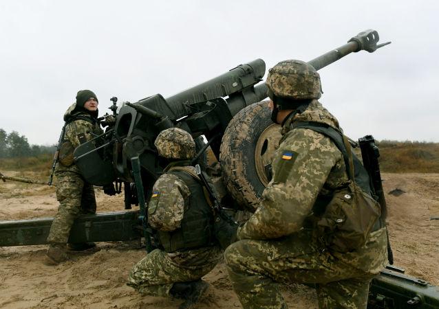 烏克蘭軍方的炮手