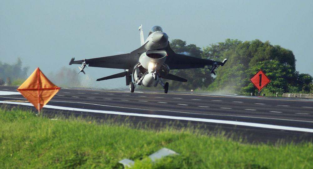 台軍墜機飛行員死亡後,台「空軍」:部隊全面停飛待檢