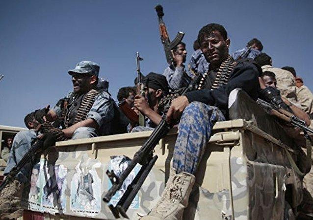 媒體:沙特在奈季蘭上空擊落一枚彈道導彈