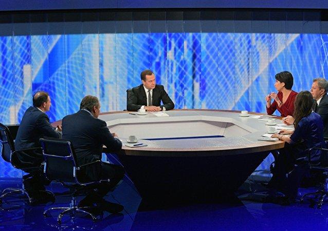 俄總理:大規模貿易戰導致全球經濟增速減緩