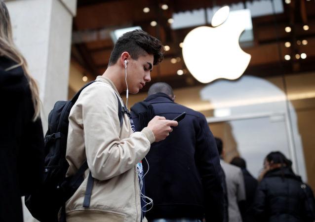 視頻揭示新款iPhone XI樣機