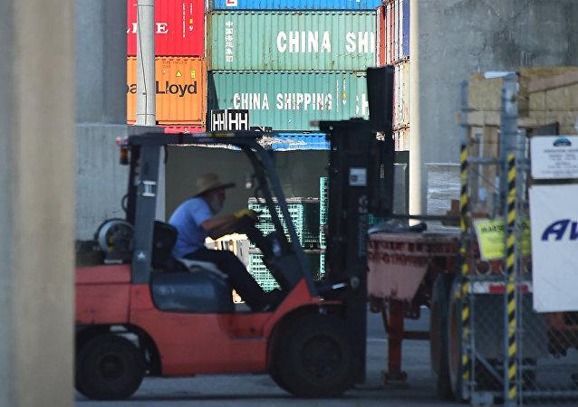 美國宣佈延期兩周加徵中國商品關稅