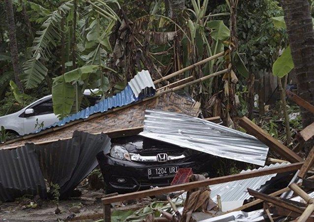 習近平就印尼海嘯災害向印尼總統致電表示慰問