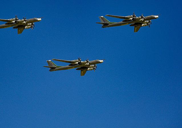 圖-95MS轟炸機
