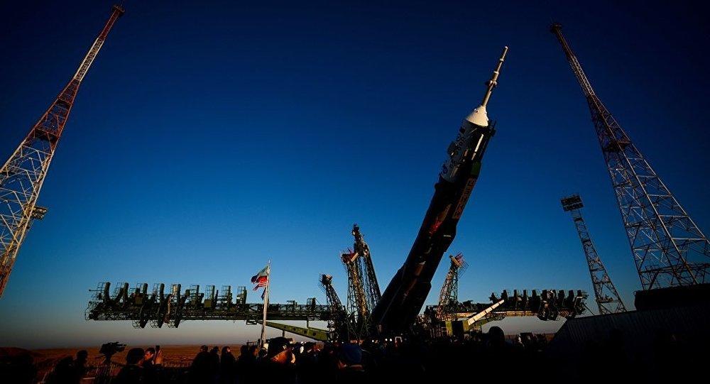 俄「葉尼塞」號超重型火箭的技術設計費用約15億盧布