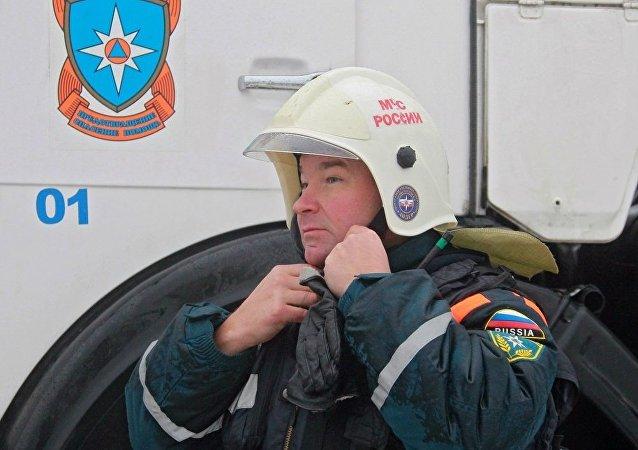 俄緊急情況部:俄雅庫特一寄宿學校冒煙致150多名兒童被緊急疏散