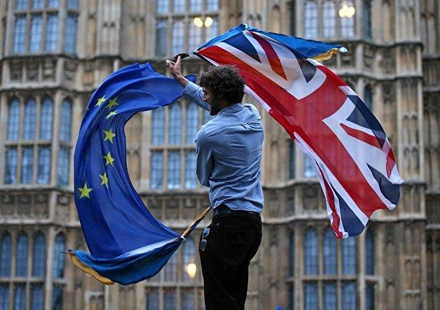 英國政府可以在無協議退歐的情況下實施戒嚴