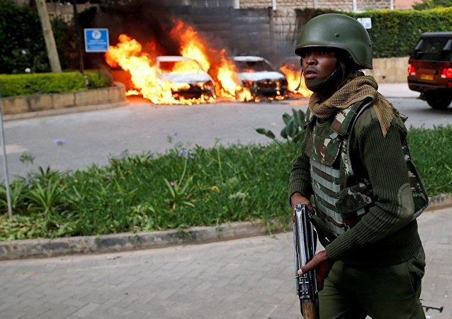 媒體:肯尼亞內羅畢一酒店附近再次響起槍聲和爆炸聲
