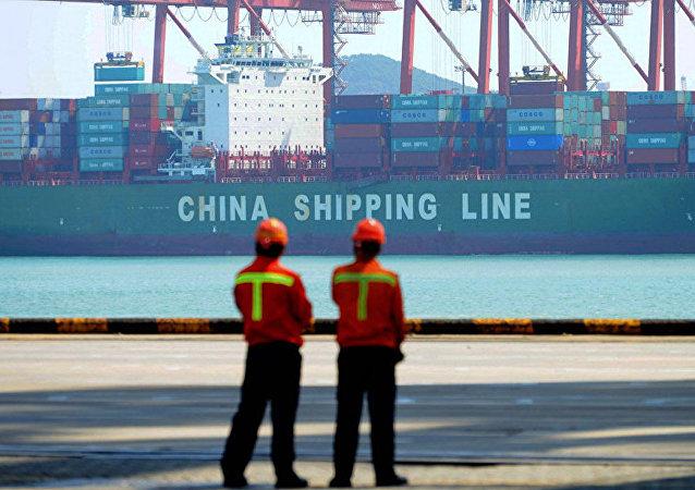 美國宣佈5月10日起上調中國輸美商品關稅至25%