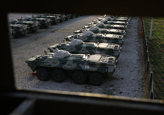 消息人士:俄軍裝甲車在阿布哈茲翻入40米深峽谷