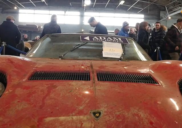 81輛經典老車在法國塔布斯拍賣