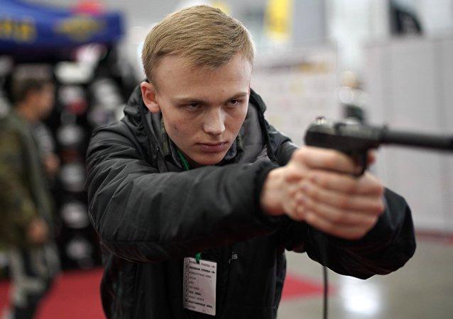 Udav手槍量產春季啓動 將取代馬卡羅夫手槍