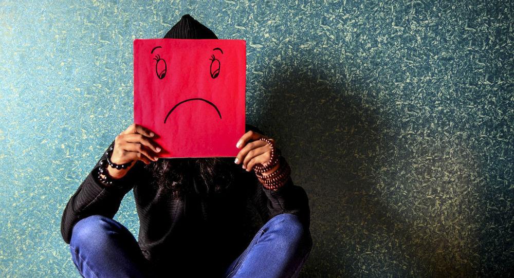 科學家解釋冠狀病毒是否通過眼淚傳染