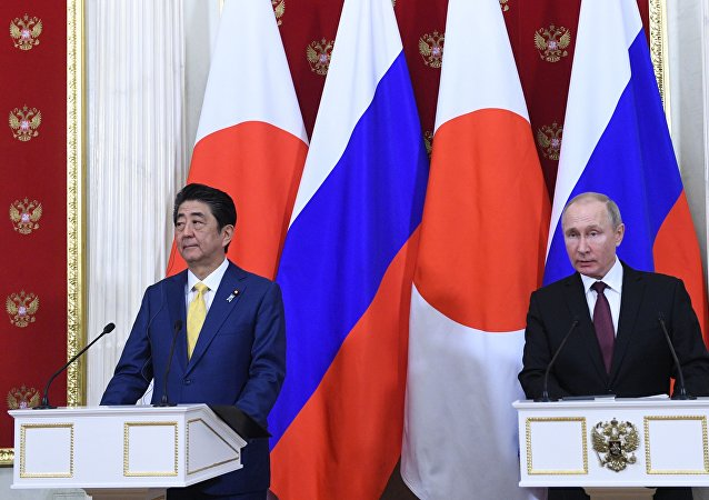 克宮:普京與安倍將在東方經濟論壇期間討論雙邊合作與和平條約