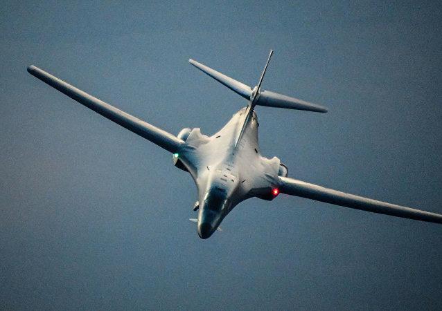 美國空軍轟炸機在敘利亞領空