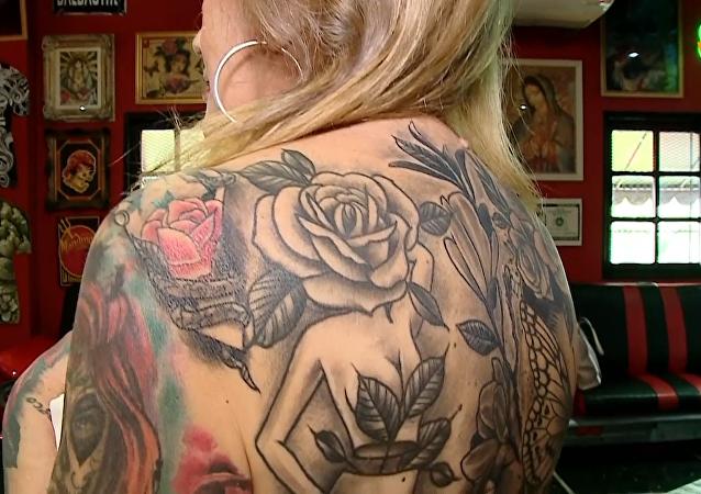 世界上紋身最多的老婦人