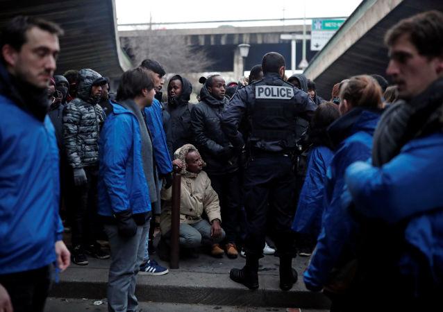 非法移民在法國(資料圖片)