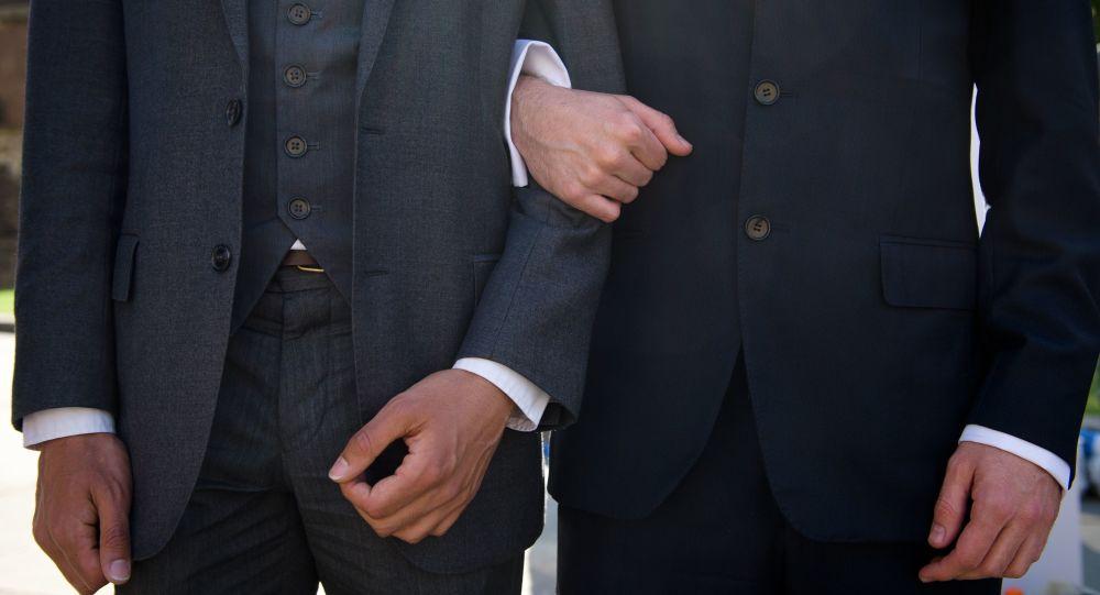華媒:台灣地區通過「同性婚姻專法」