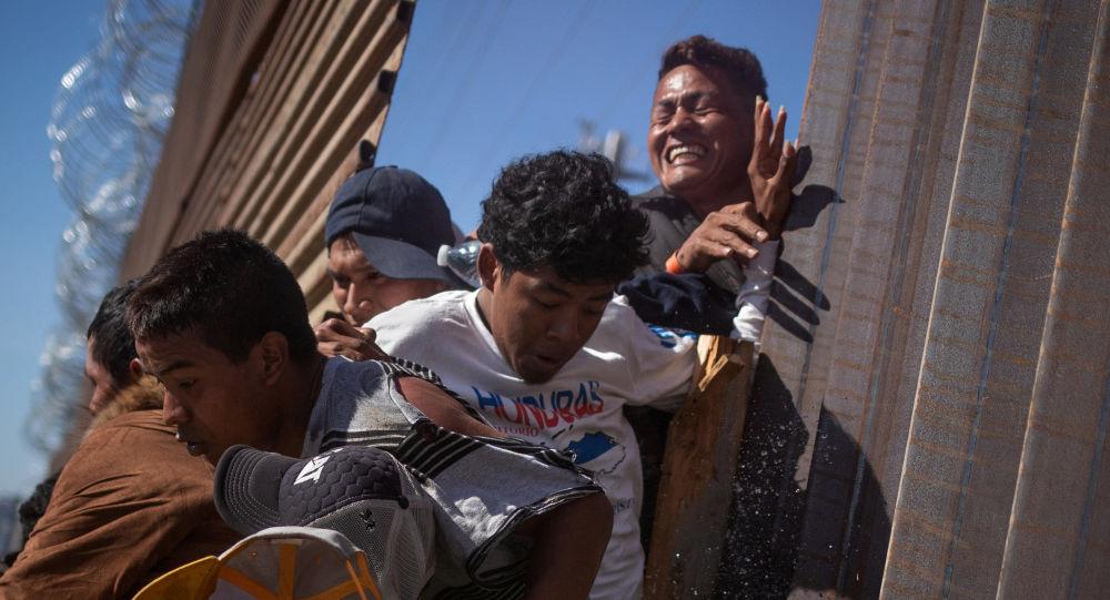 特朗普:美國14日起將在全國範圍展開針對非法移民的執法行動
