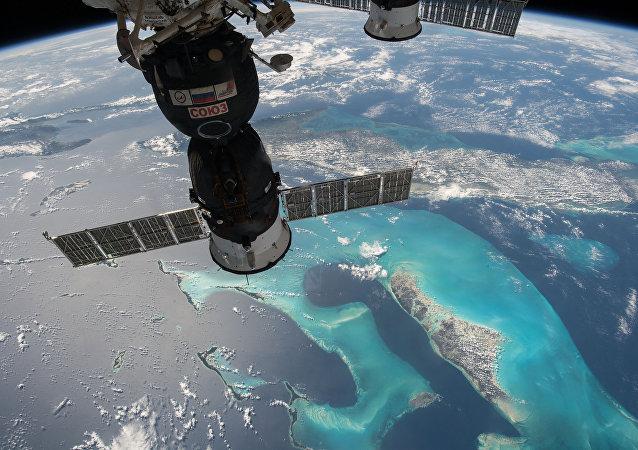 俄宇航員為「費奧多爾」進入國際空間站騰地