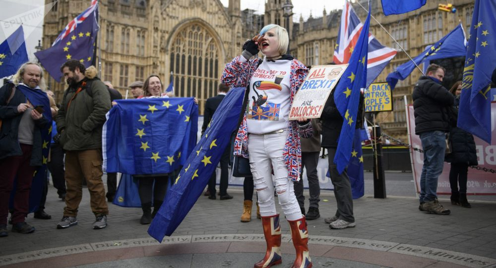 民調:過半英國人支持推遲英國脫歐