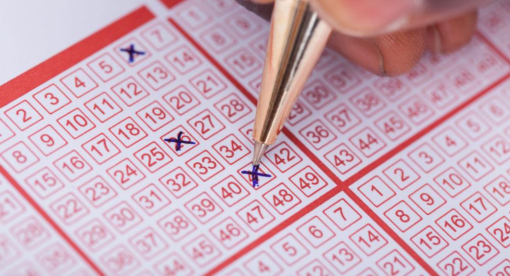 加拿大夫婦在最後時刻發現了遺忘的彩票,成為了彩票百萬富翁