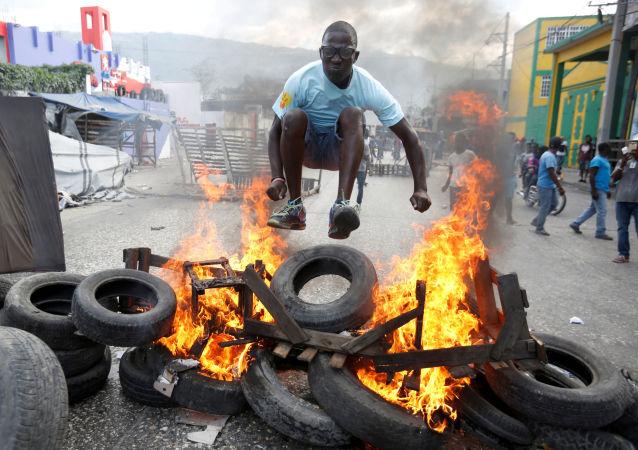 媒體稱海地示威者呼籲俄羅斯伸援手