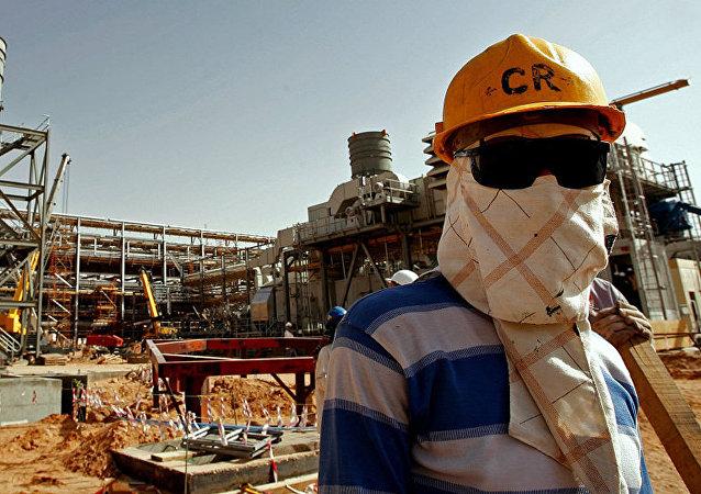 中國在伊朗和沙特之間加強平衡外交