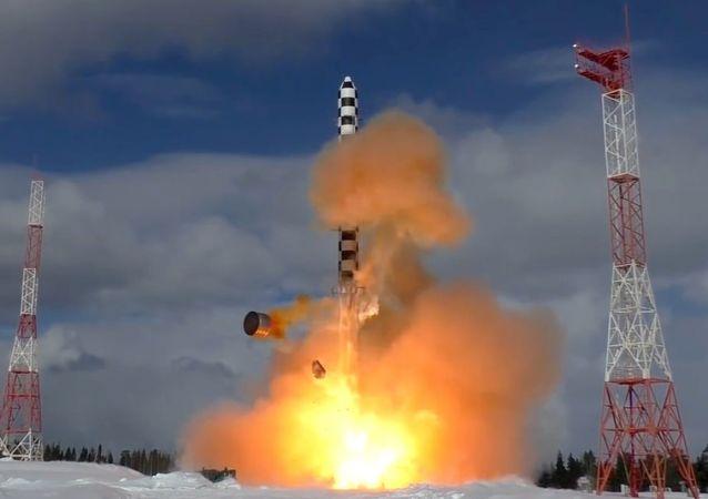 俄國防部計劃在2019年至2021年間發射2枚「薩爾馬特」洲際彈道導彈
