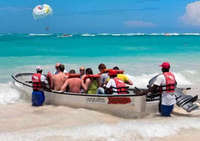 遊客在多米尼加