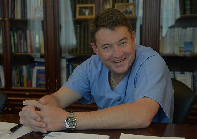 俄羅斯衛生部編外腫瘤主任科學家、俄國家放射醫學研究中心主任、俄科學院院士安德烈·卡普林