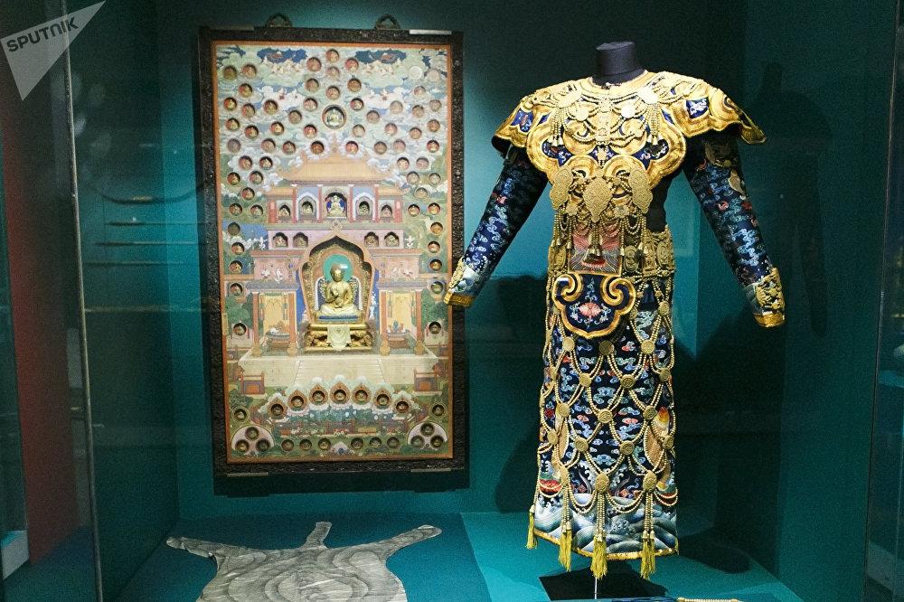 清乾隆年間(1736-1796)的佛教法衣