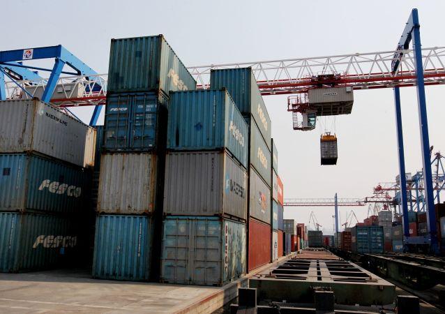 俄海關署:歐亞經濟聯盟與中國簽署交換海關信息協議將提高貿易安全性