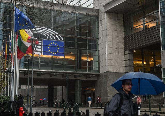 歐洲議會全體會議投票通過英國「脫歐」協議
