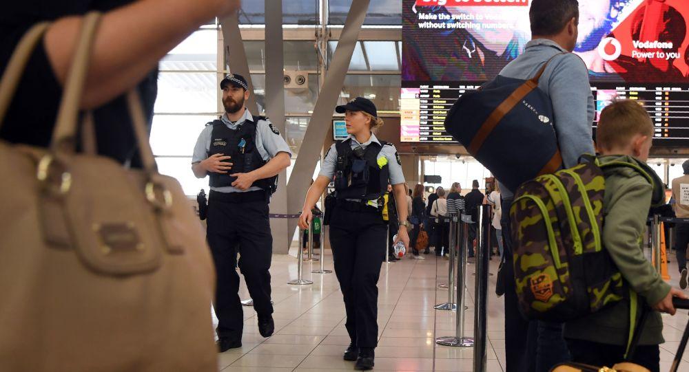 澳大利亞要求入境人員一律集中隔離