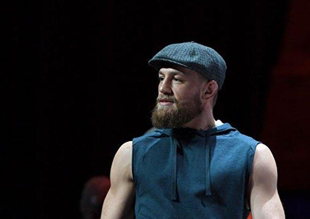 愛爾蘭綜合格鬥運動員康納·麥格雷戈宣佈退役