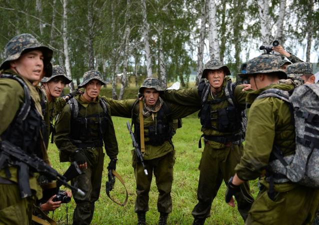 烏茲別克斯坦軍方(資料圖片)