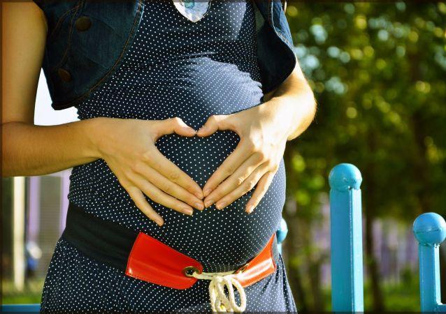 一名女子一個月內竟生產兩次