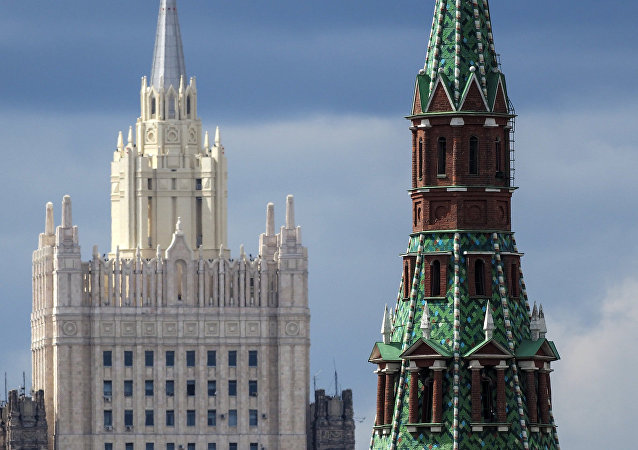 俄方不同意法國總統有關俄中兩國在開展「疫苗戰」的說法